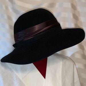 Vintage Fur Felt Floppy Hat w Satin Sash Medium